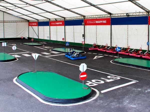 Instalaciones pista interior karting Soto Dueñas