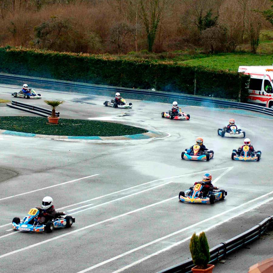 Competición karts niños en Asturias